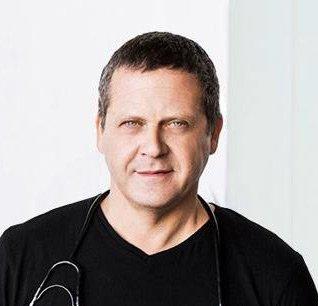 Alejandro Junger, MD 1